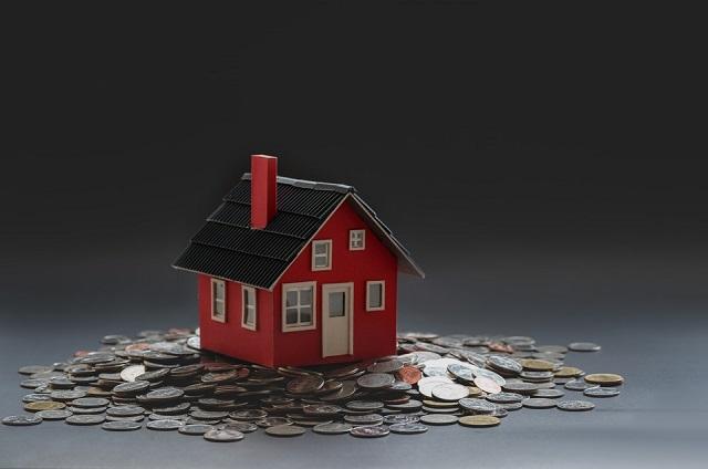 Dom stojący na pieniądzach
